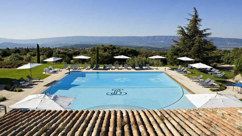 Classic provence in style macs adventure for Hotels gordes