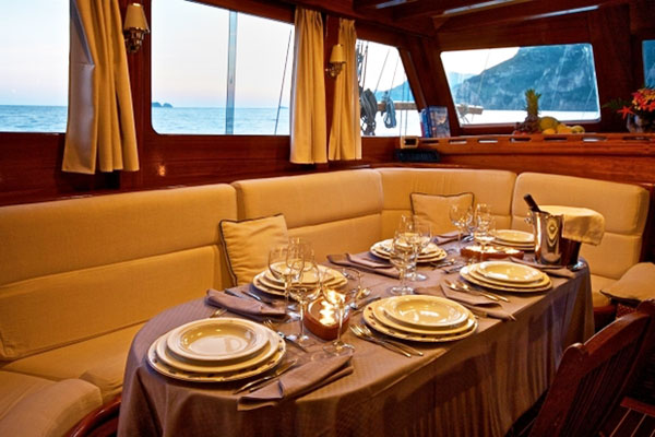 Dining on the Deniz Bike and Boat