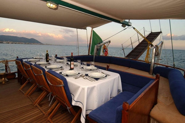 dining on Maria ship