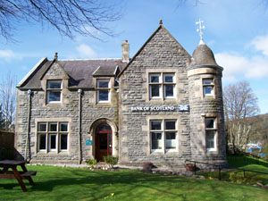 The Bank House - Fort Augustus