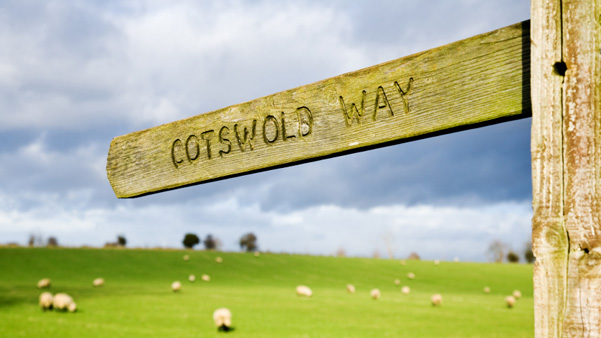 What to Pack for Walking in the Cotswolds