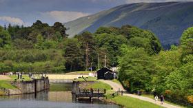 280.Caledonian-Canal-at-Laggan-Lochs