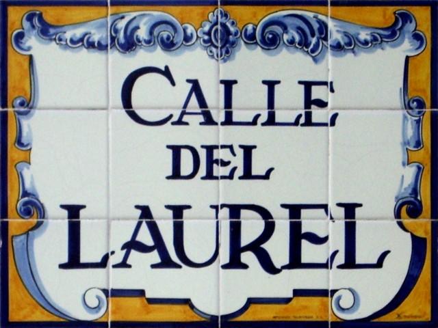 Cartel_calle_Laurel