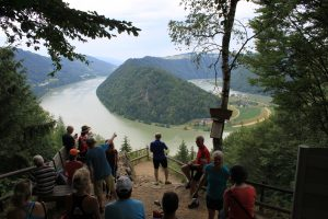chlogen Blick viewpoint Danube River Cycle Path