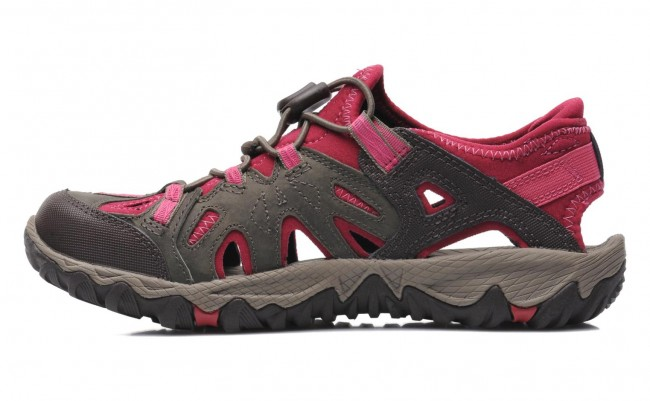 How Should Merrell Hiking Shoes Fit