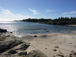 Deserted white sandy beaches on the island of Alö
