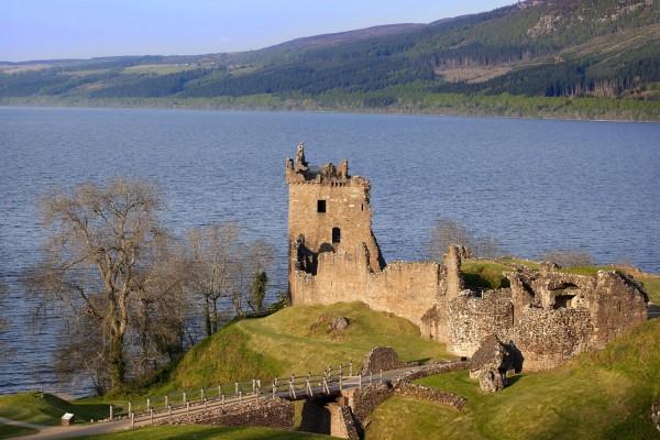 Urqhuart caslte, Loch ness.