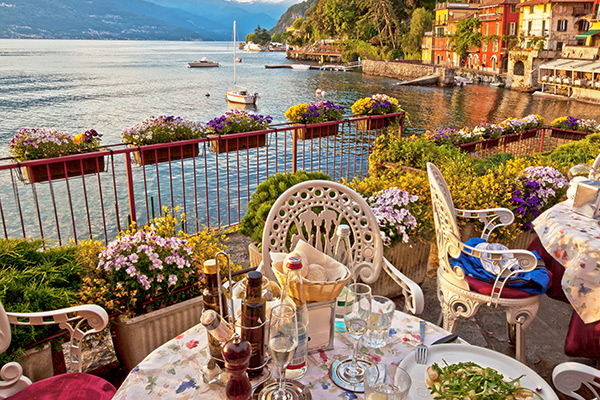 dinner-with-a-view-lake-como-italy