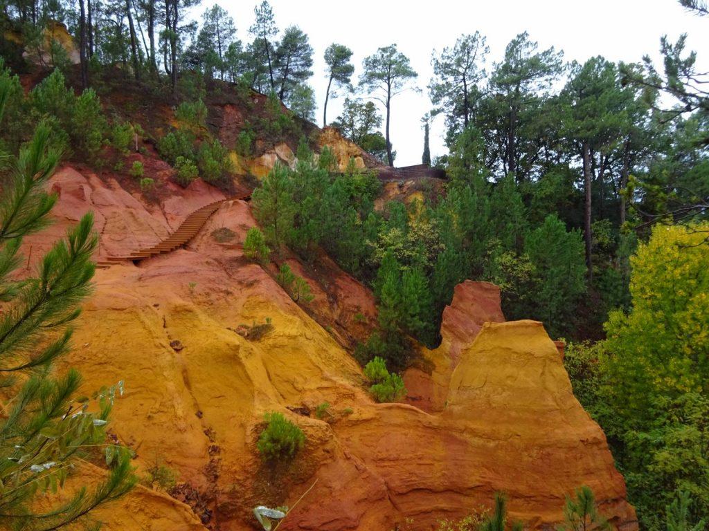 ochre-quarry-walk-roussillon-2