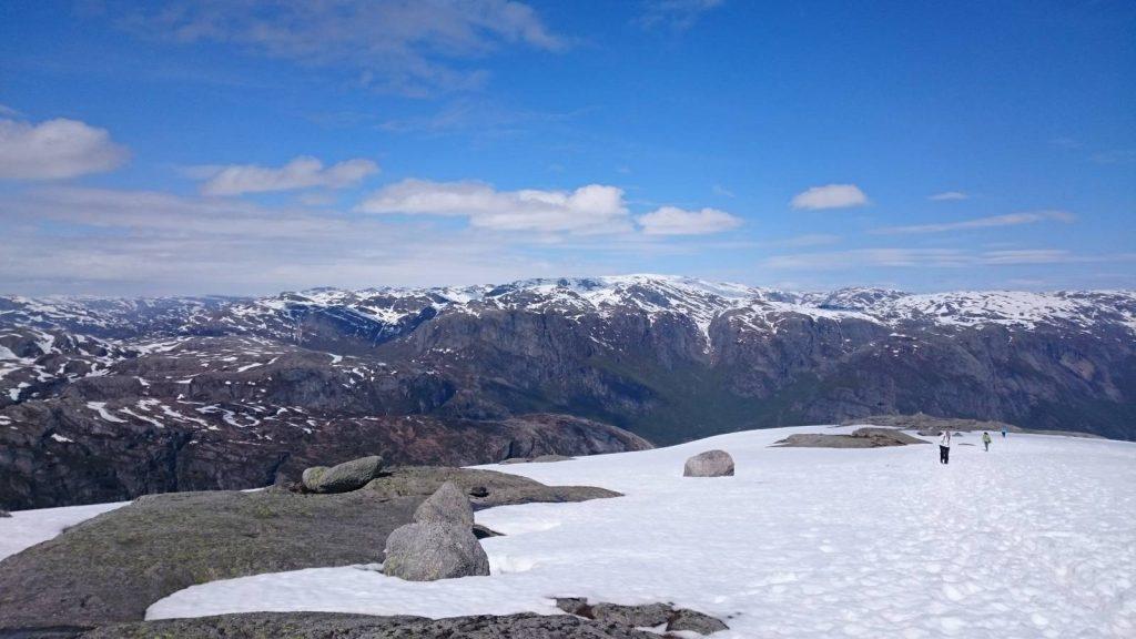Kjerag snow in June