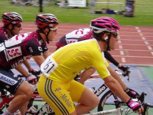Cavendish_yellow_jersey