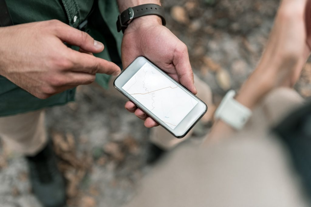9 great phone apps for walkers and hikers