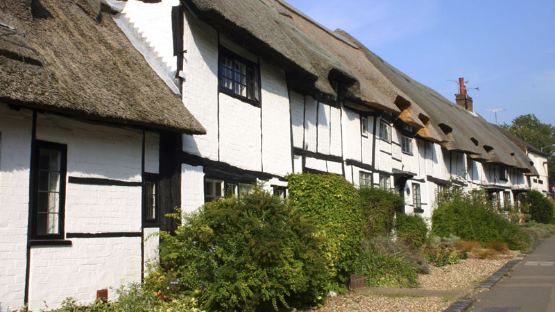 White Cottages in Ogbourne St George