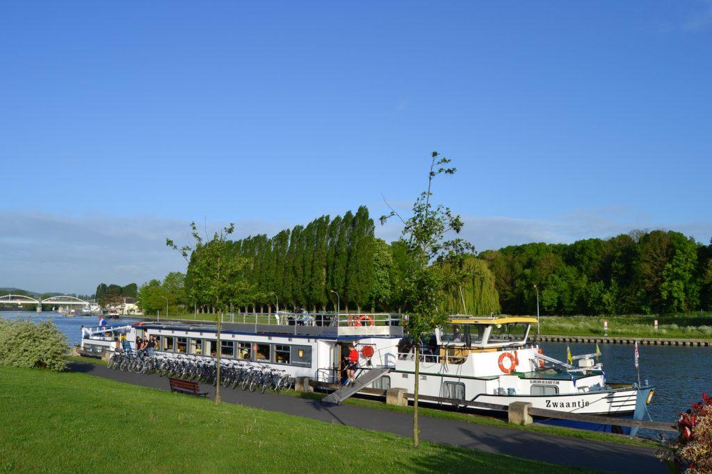 river boat france